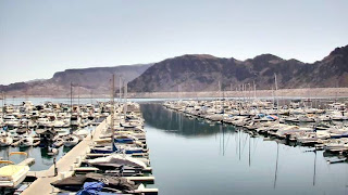 Lake Mead National Recreation Area (Best Honeymoon Destinations In USA) 3