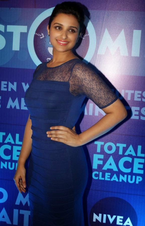 Parineeti Chopra :Parineeti Chopra at launch Of Nivea Looks Very Hot In Blue Mini Backless Skirt