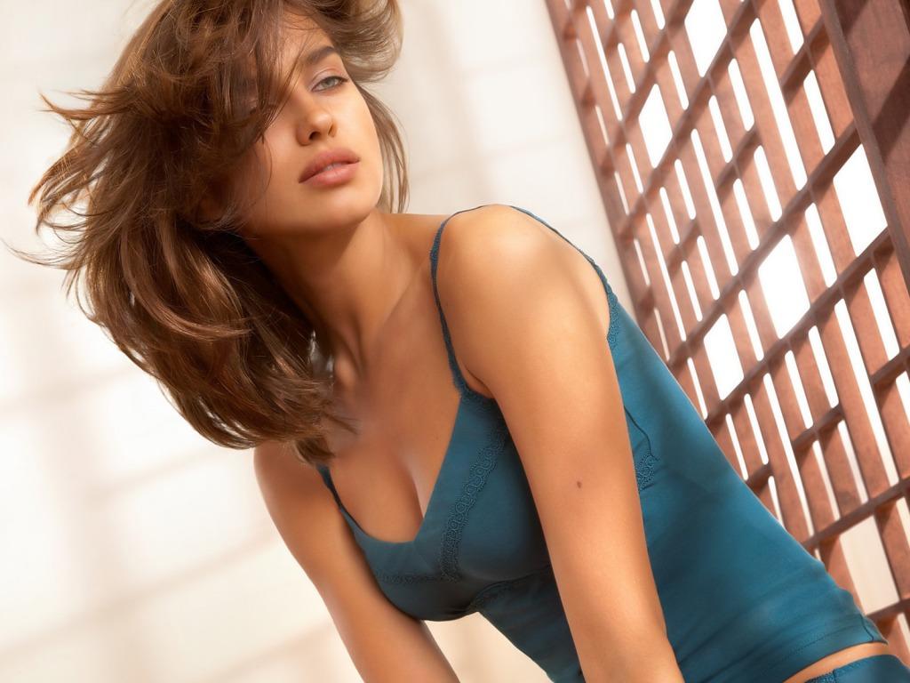 http://3.bp.blogspot.com/-UtJHWQkXFE4/TtPC-pbY-ZI/AAAAAAAAD2I/DObF4zG_wZ8/s1600/Irina+Shayk+Hot+HD+Wallpapers+%252821%2529.jpg
