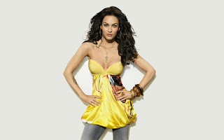 Beautiful Celebrity and Girls Pictures