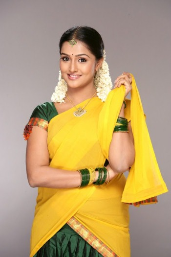 Remya Nambeesan Hot In Yellow Saree Photos