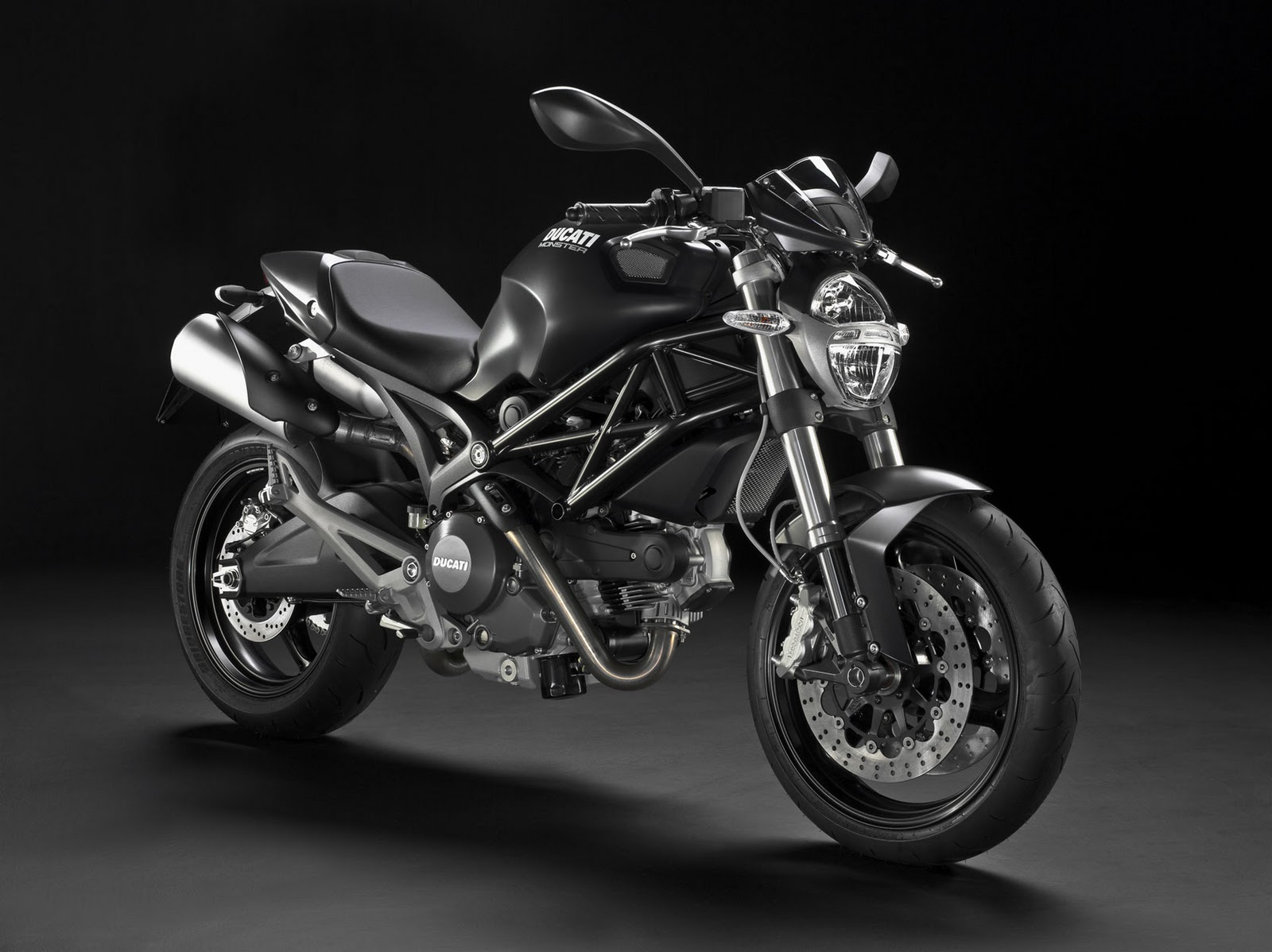 black rider ducati monster 696. Black Bedroom Furniture Sets. Home Design Ideas