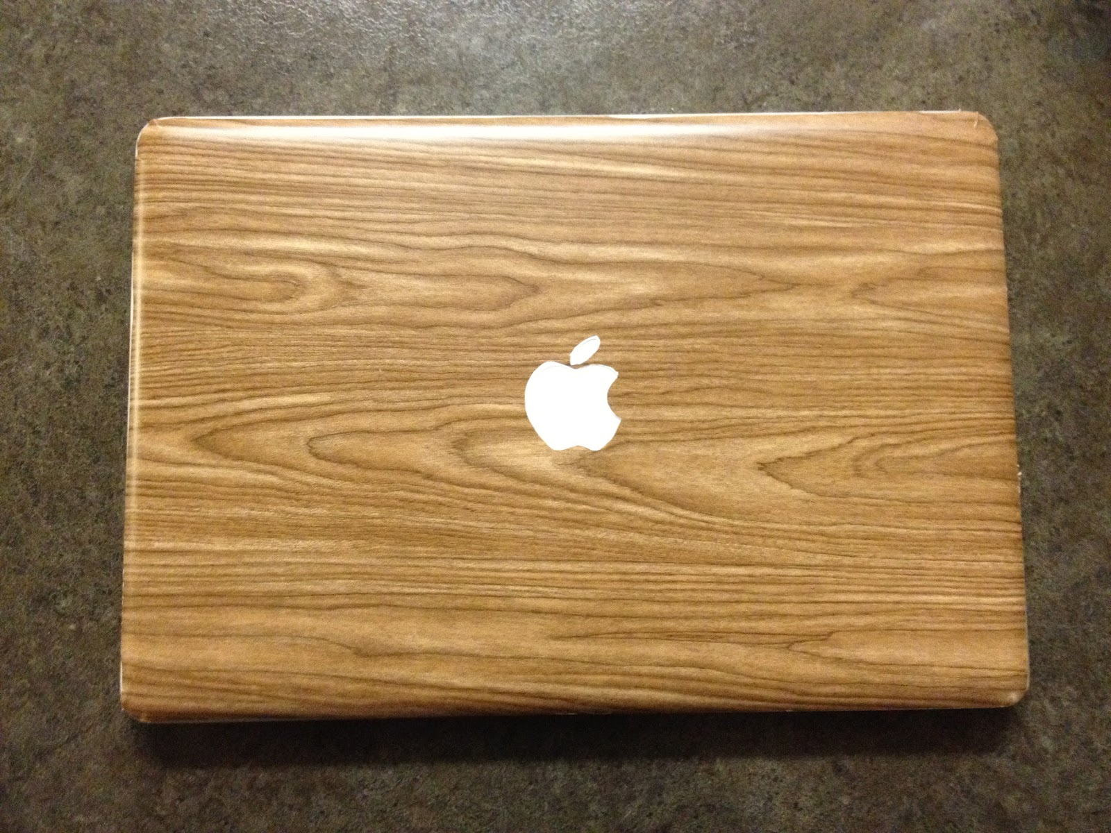 New projet: DIY Contact Paper Laptop Sticker/Skin (For MacBook Pro ...