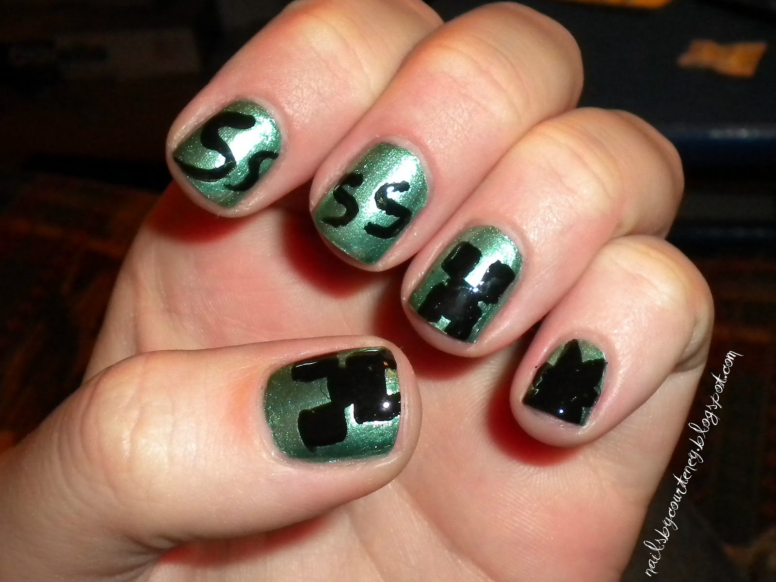 An Amateur's Nail Obsession: Video Game Nails: Minecraft