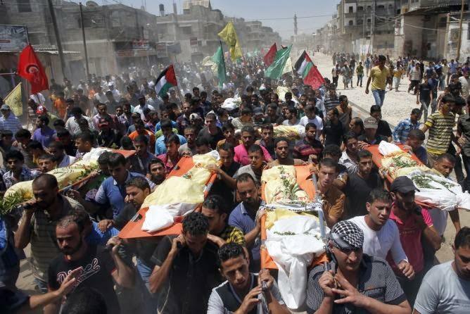 Funeral de palestinos vítimas dos bombardeios israelenses