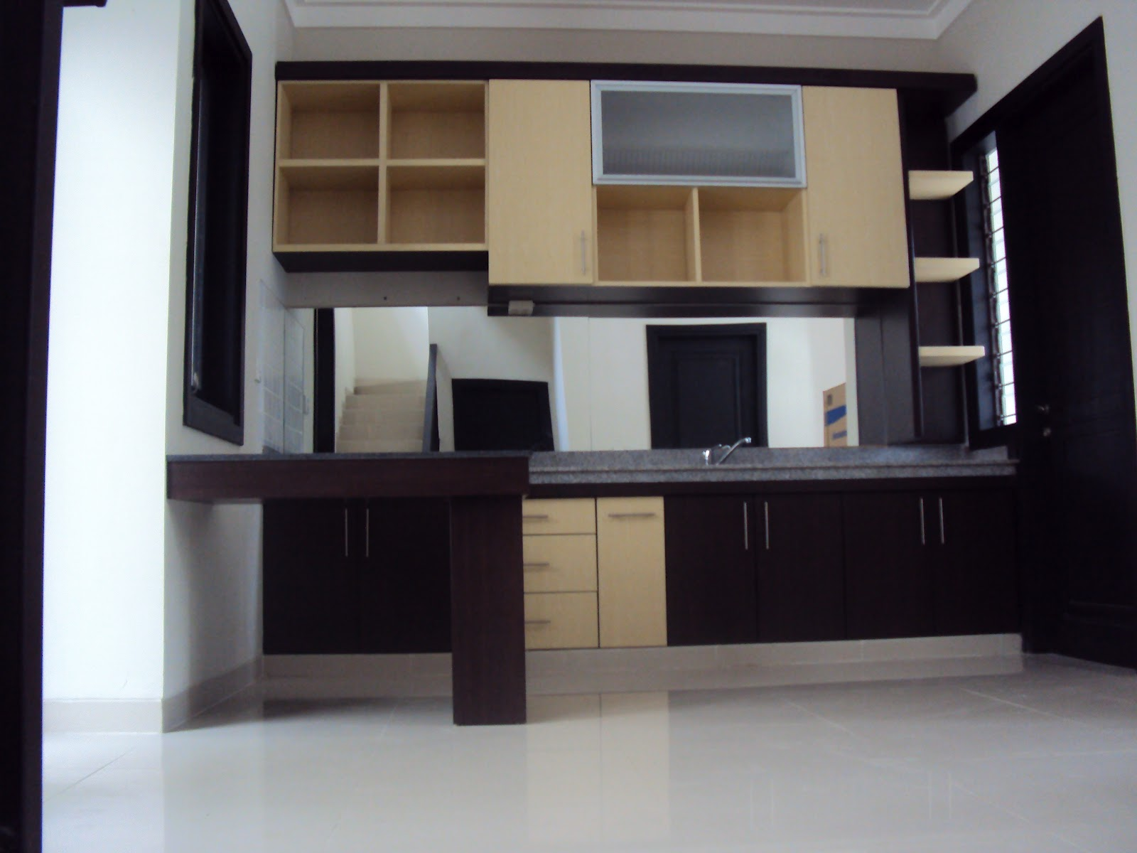 Interior by difasi lestari contoh desain kitchen set for Desain kitchen