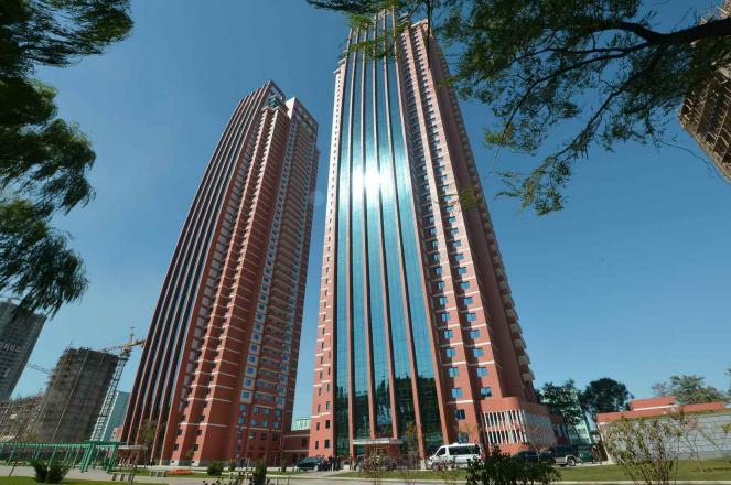Impresionantes logros sociales y de Obras publicas de Corea del Norte en el 2014 Nuevos%2Brascacielos%2Bfull