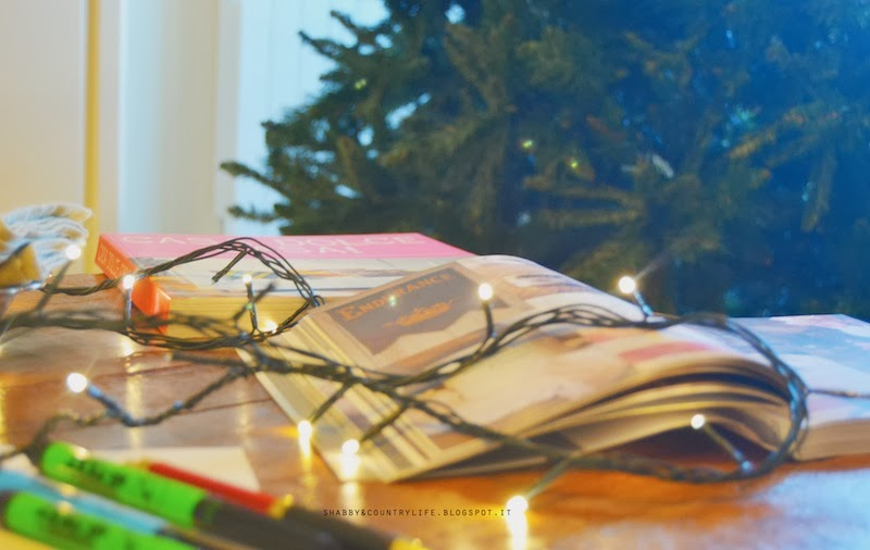 E poi dicono che è meglio l'albero finto!! { How to storage christmas tree in box} - shabby&countrylife.blogspot.it
