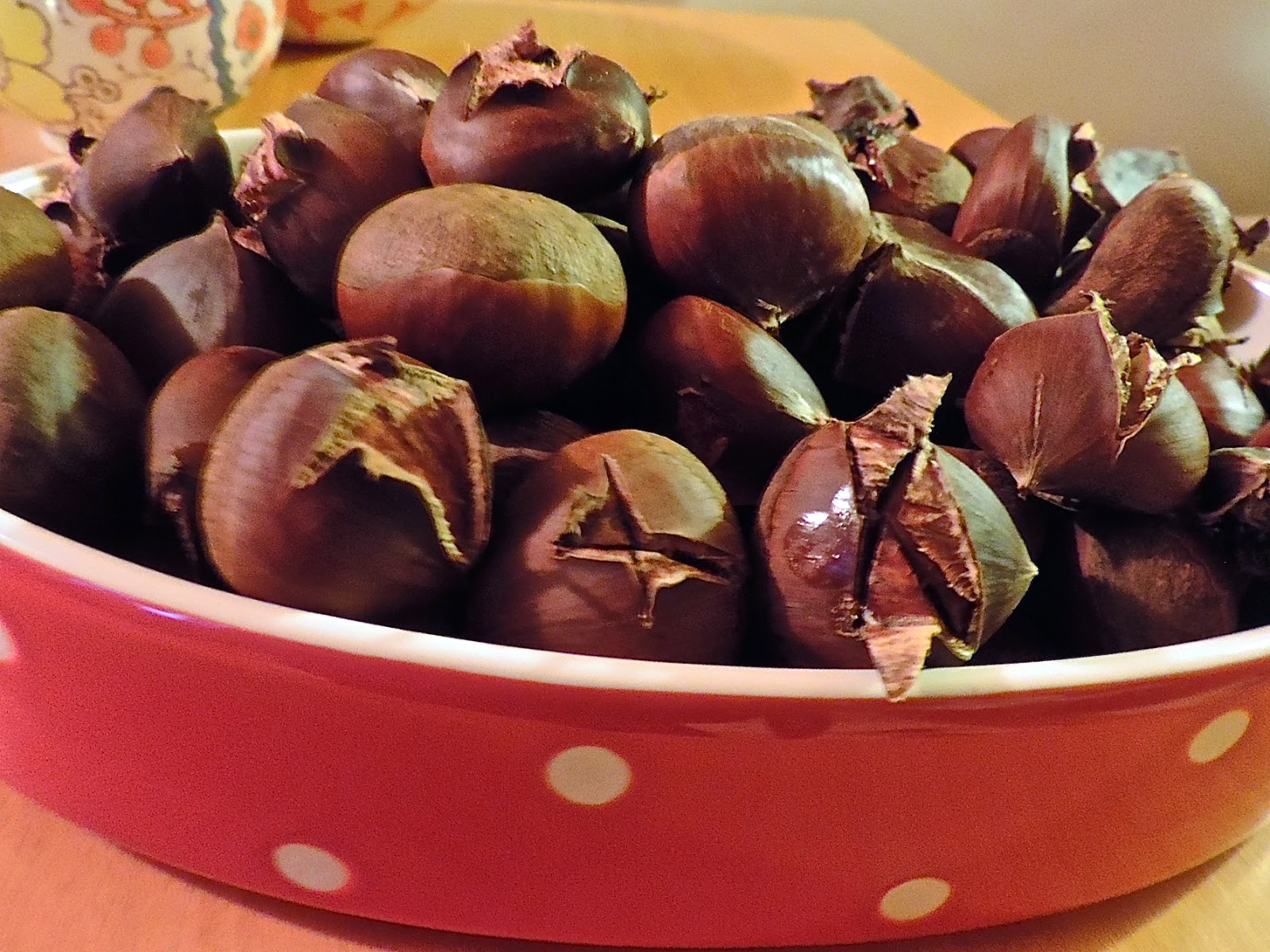 Christmas foods roast chestnuts