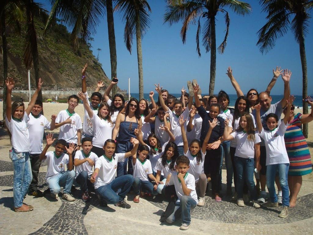Vindos do interior de Teresópolis, muitos alunos viram pela primeira vez o mar