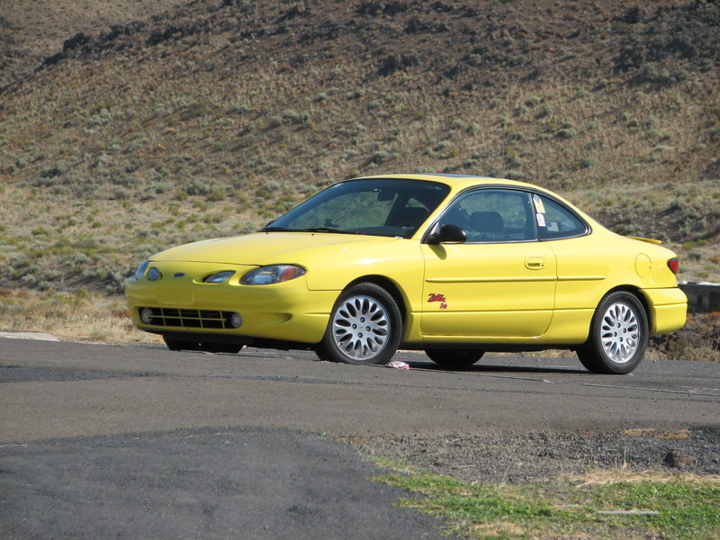 Daily Turismo: 2k: Forgotten Gem: 2000 Ford Escort ZX2 S/R