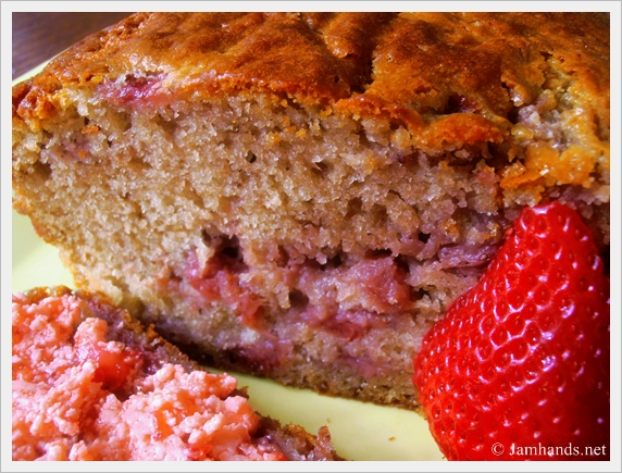 Jam Hands: Strawberry Bread with Strawberry Butter