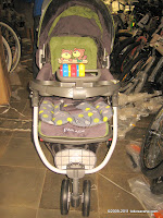 BabyDoes  CH275 Parade Baby Stroller with Three Wheels