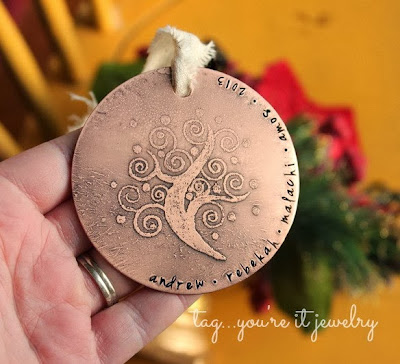 https://www.etsy.com/listing/169286817/family-name-ornament-modern-christmas?ref=shop_home_active&ga_search_query=ornament