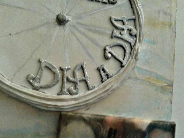 dedicatoria en relieve sobre cuadro