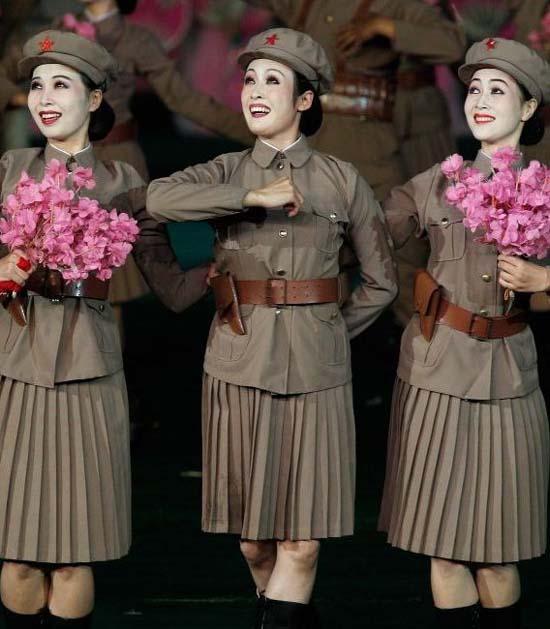 Tentara Wanita Korea Utara yang Cantik, Seksi, Lucu dan Aneh
