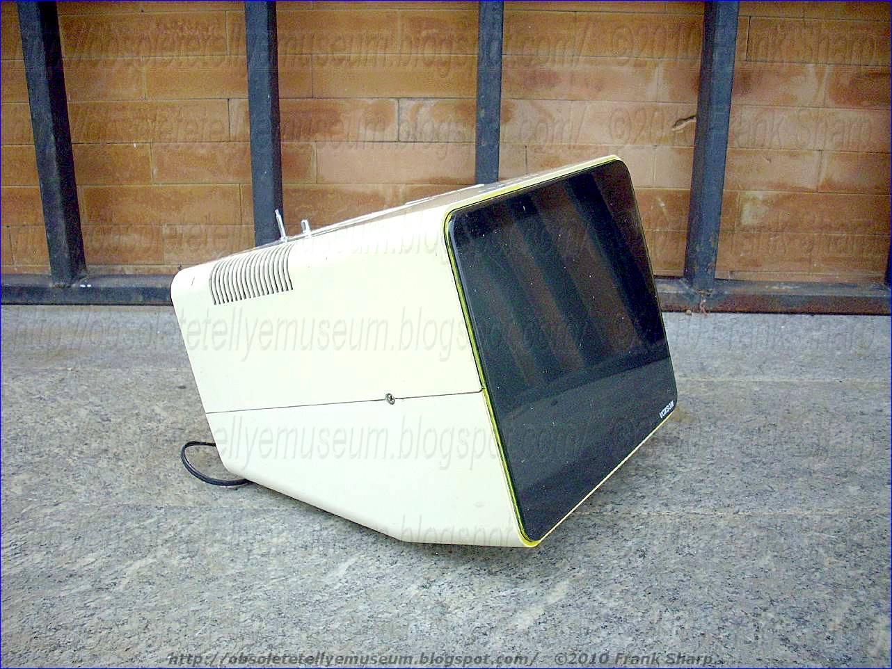 Obsolete Technology Tellye !: VOXSON T1246 YEAR 1976.