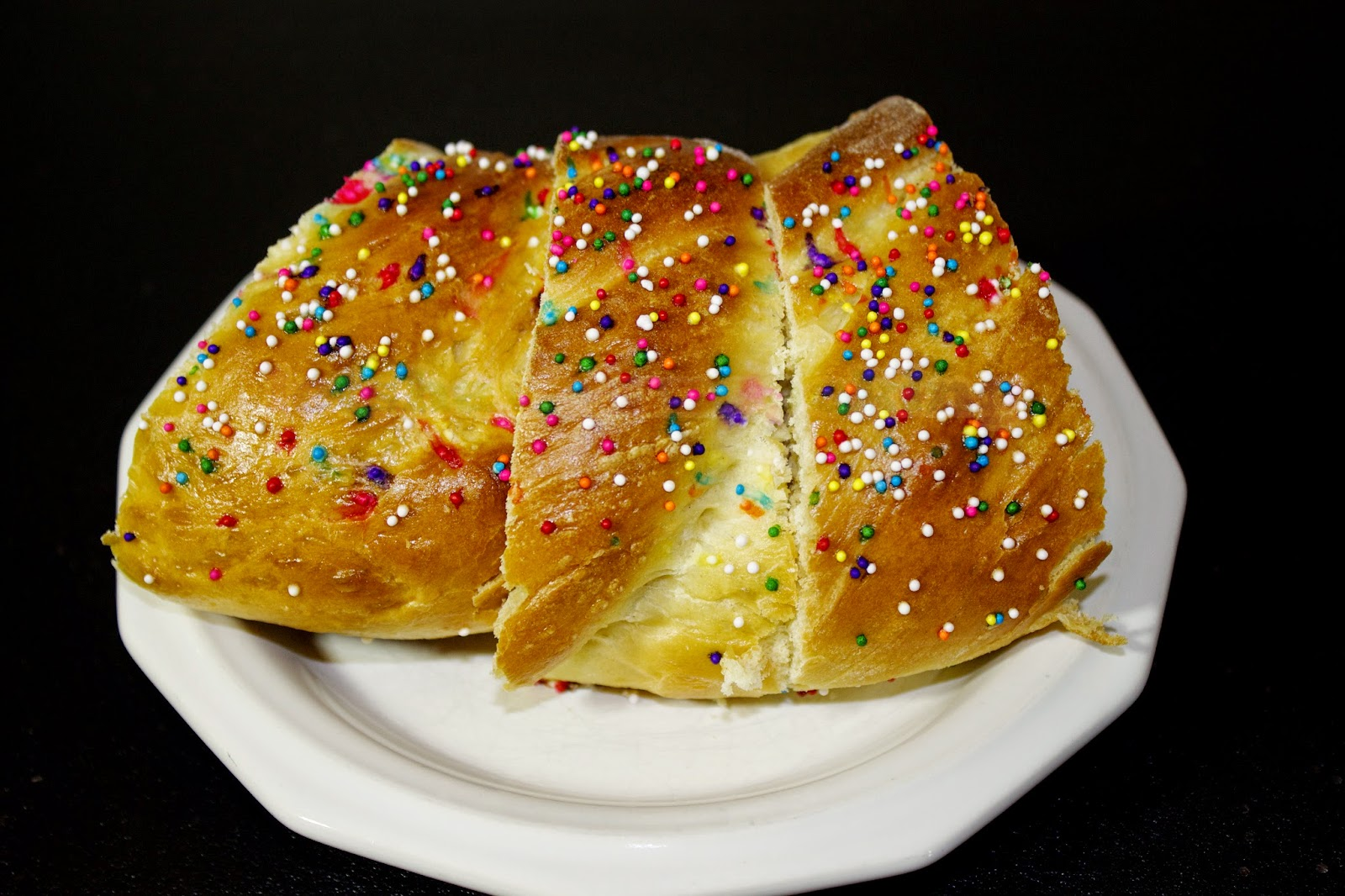 Let's Have Fun Cooking!: Easter Bird's Nest Bread