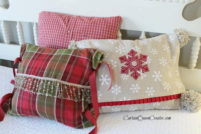 Quick and Easy Christmas Pillows