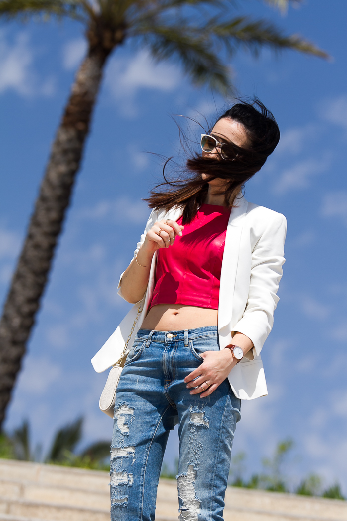 Look enseñando ombligo al aire blogger de moda
