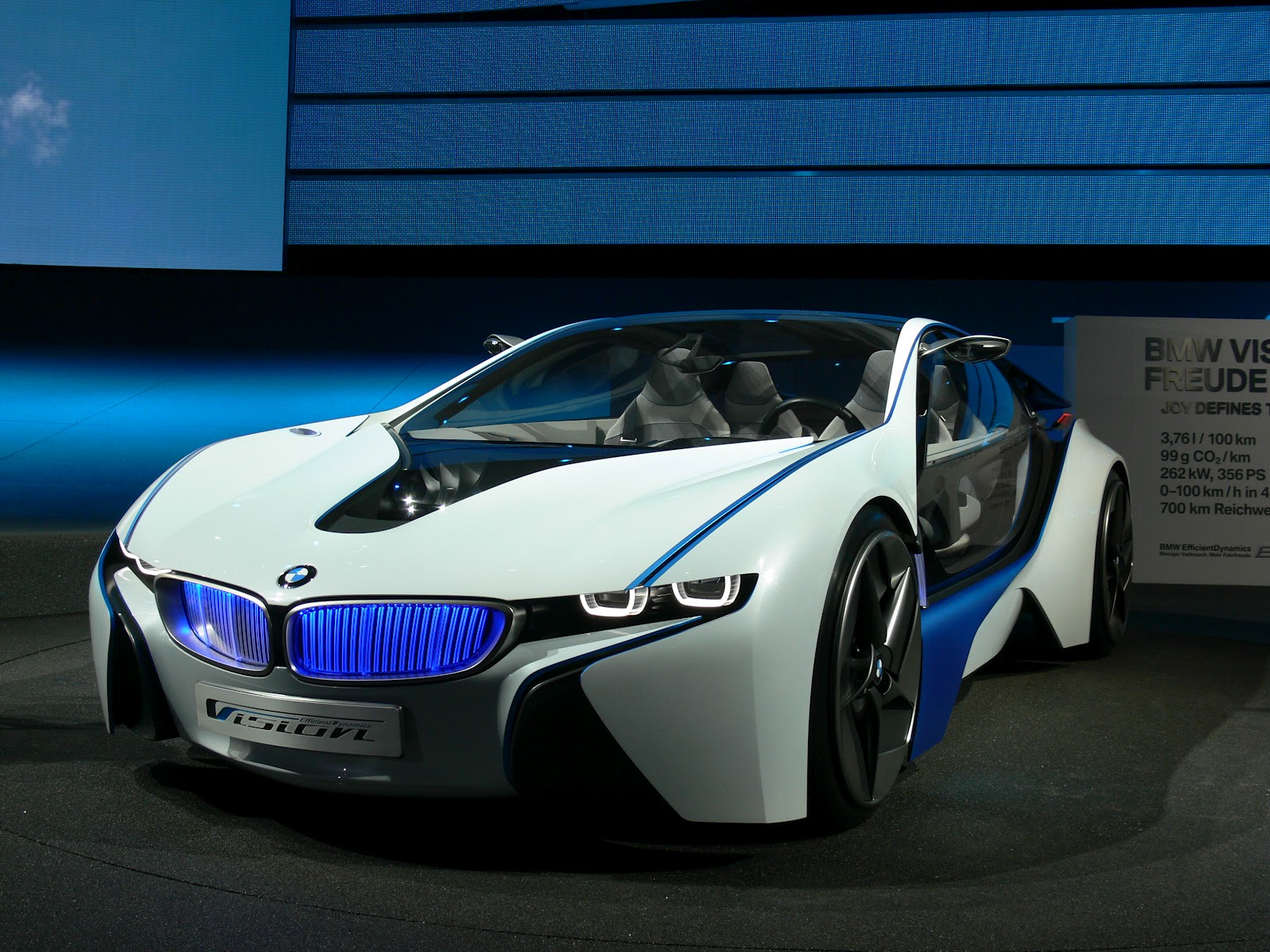 bmw concept racing cars street racing cars. Black Bedroom Furniture Sets. Home Design Ideas