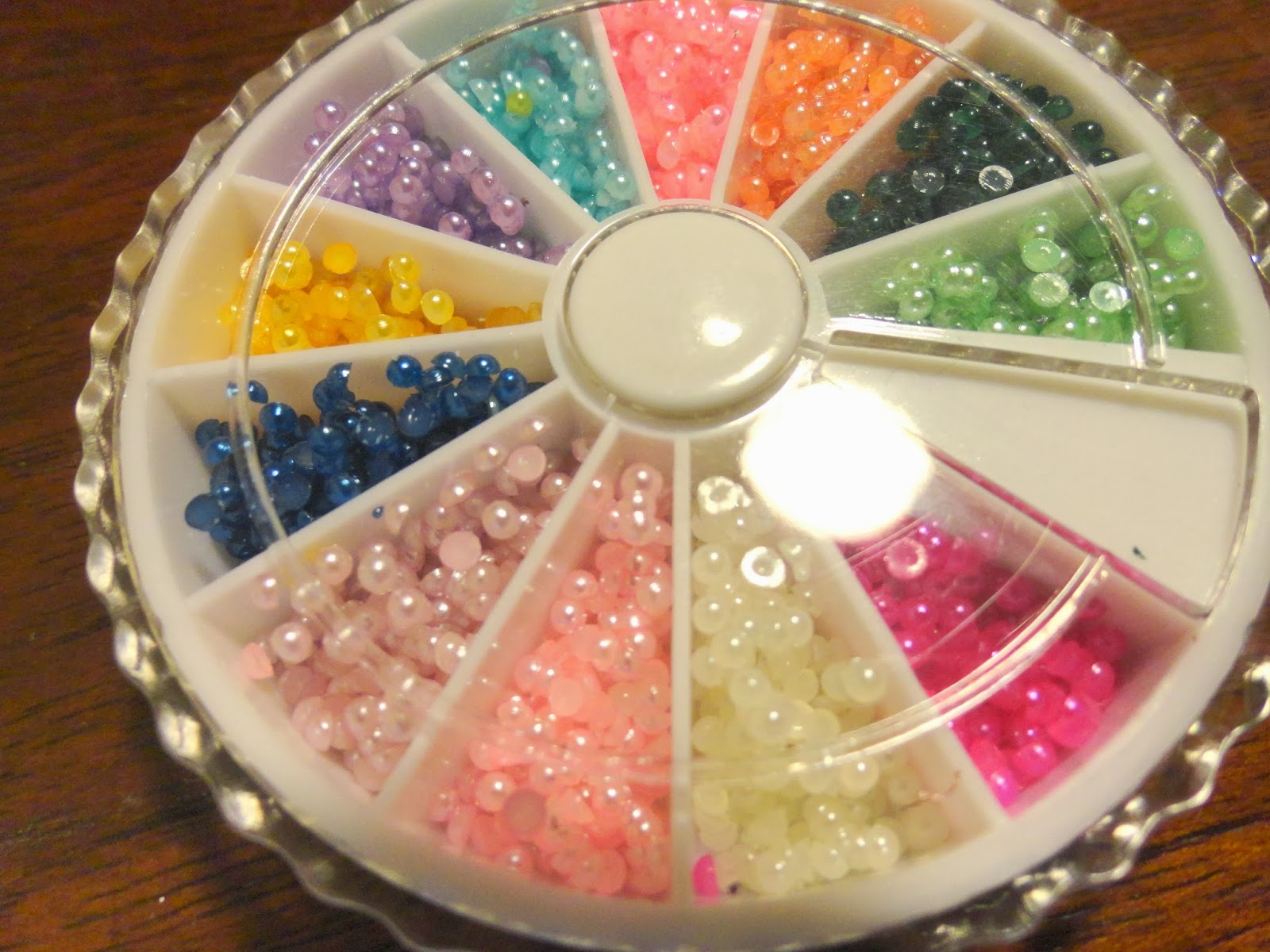 Clothes & Dreams: Ebay nail art shoplog: multicolour pearls