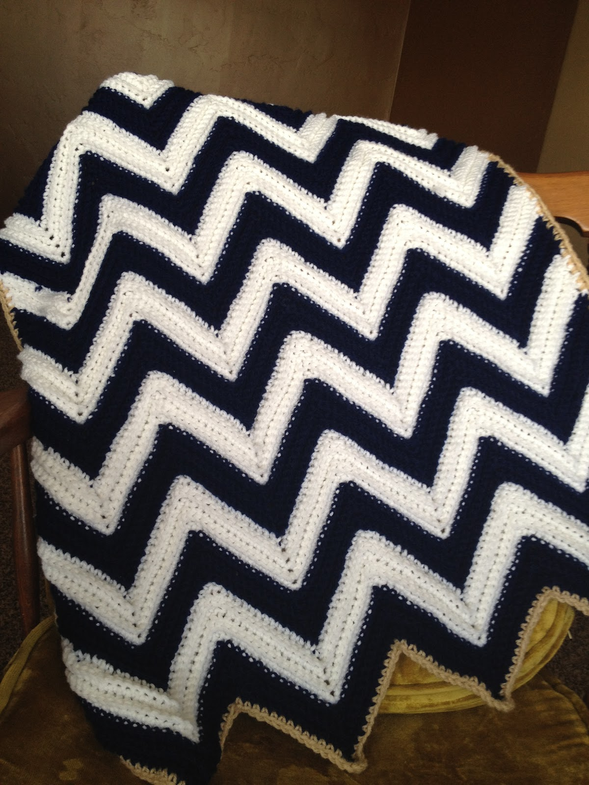 Free Crochet Pattern Baby Blanket Chevron : Chevron Baby Afghan Pattern by Simplistically Sassy