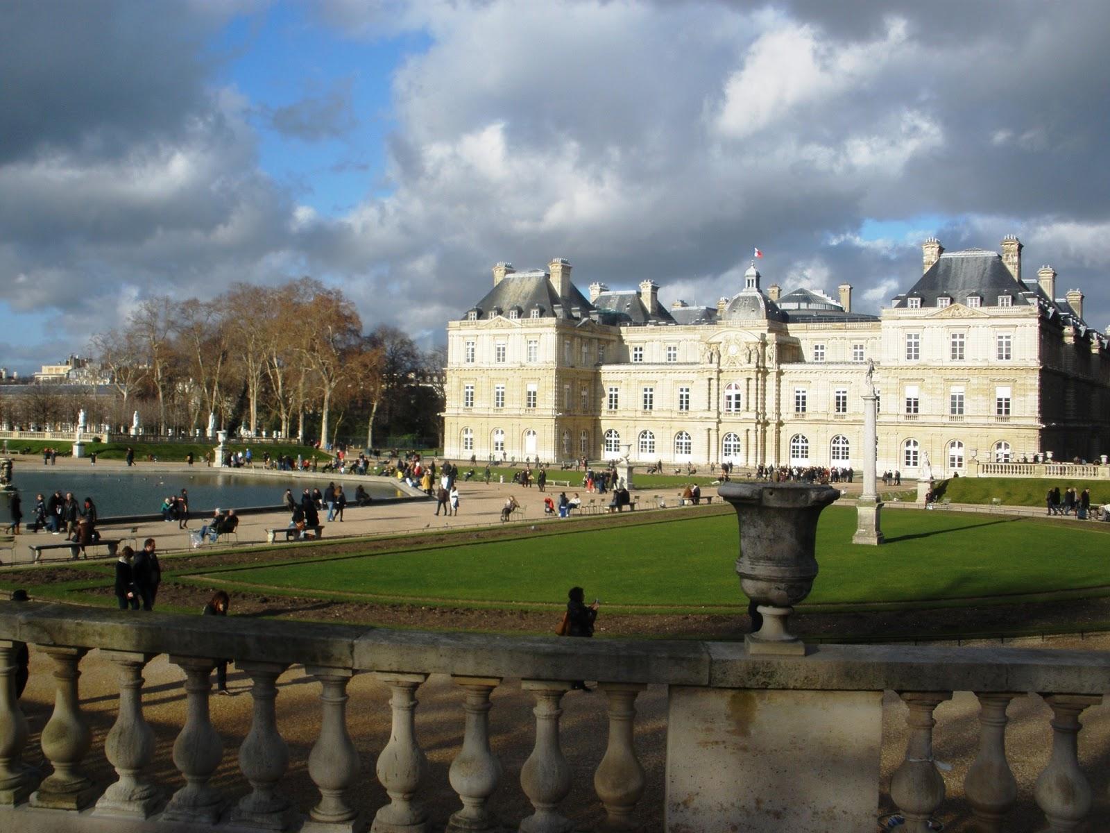 Ilovetravels happy new year from paris jardin du luxembourg for Jardin du luxembourg