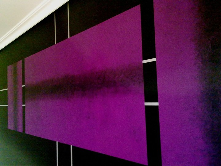 Pinturas y decoraci n mart nez s l decoraci n de paredes for Pintura color berenjena