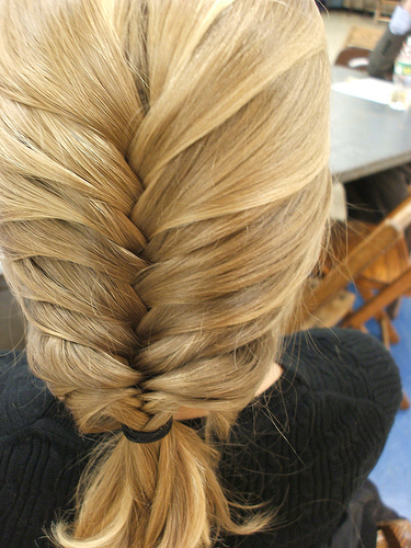 how to fish tail braid - photo #33