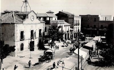 Ayuntamiento de Torrijos. Plaza de España. Circa 1955