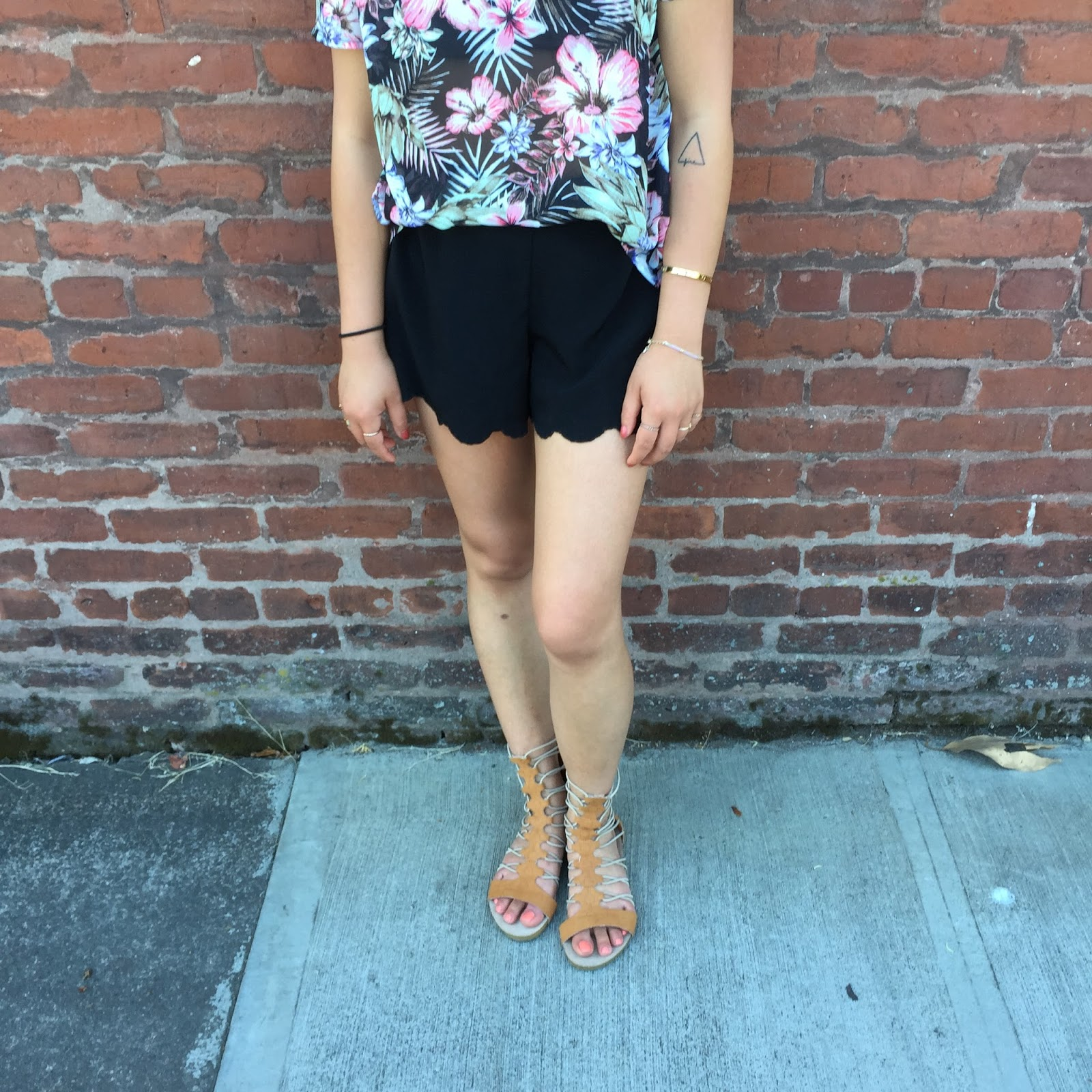 ootd, fashion blogger, portland blogger, tropical print shirt, black scalloped shorts, brown gladiator sandals, what i wore, summer outfit, thirty bucks, affordable fashion, the ptowngirls