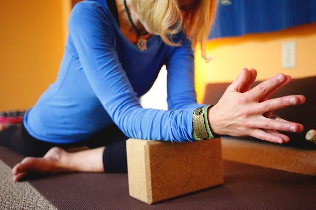 yin yoga, asana, pigeon, bliss