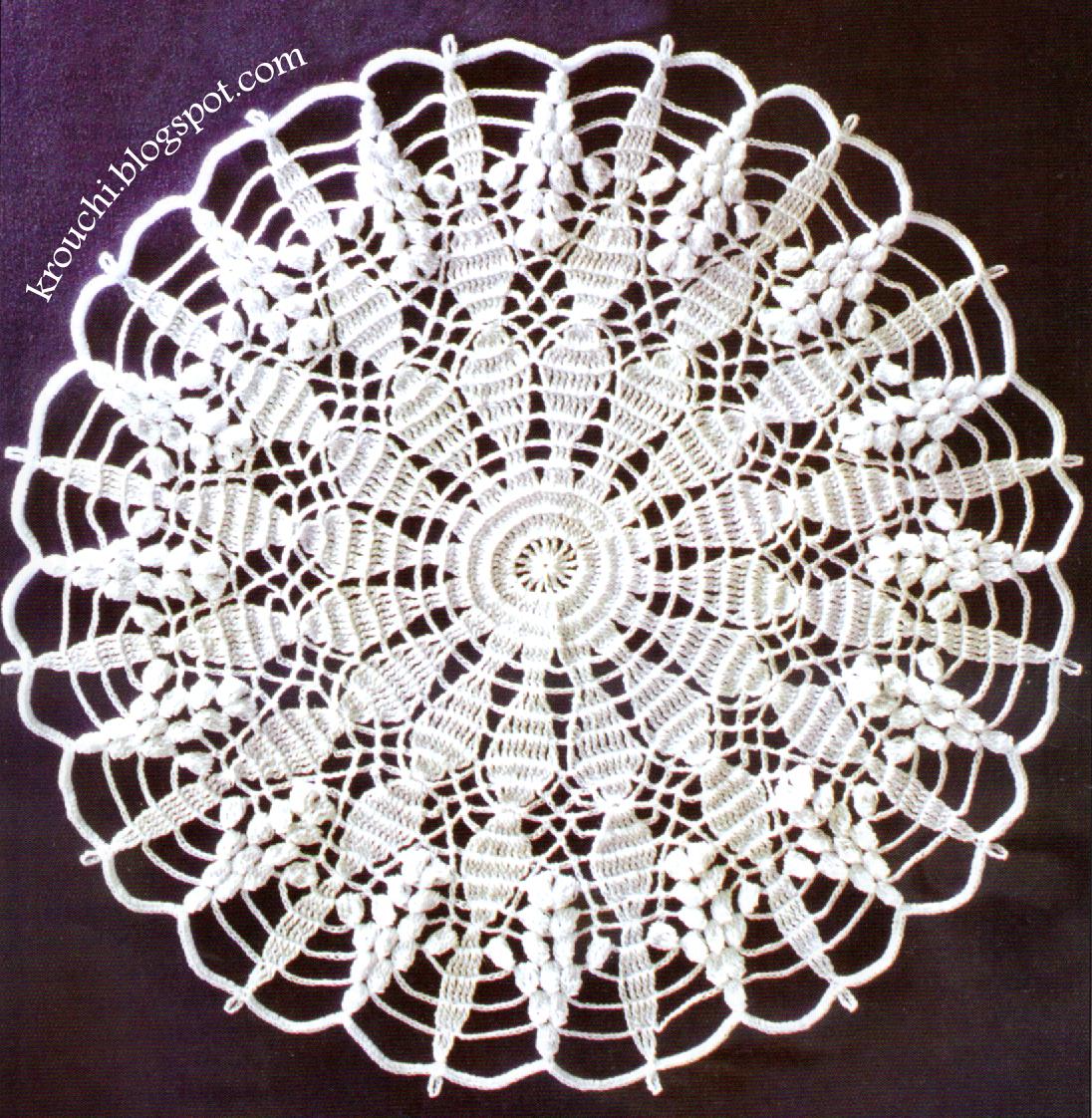 Crochet et broderie napperon deuxieme modele - Napperon dentelle crochet ...