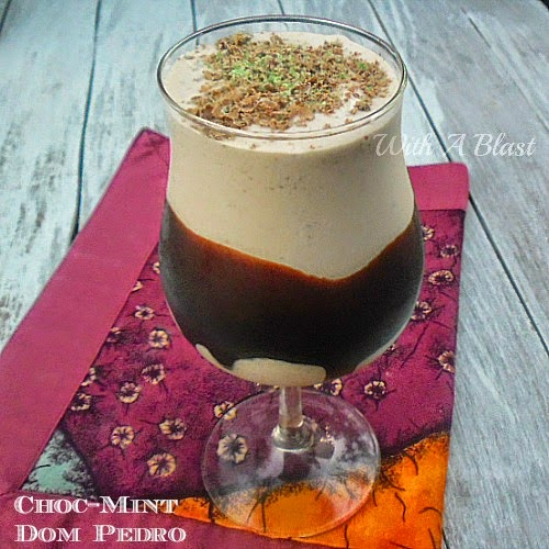 Choc-Mint Dom Pedro ~ Thick, chocolate/mint dessert drinks #DomPedro #AlcoholicDrinks #DessertDrink