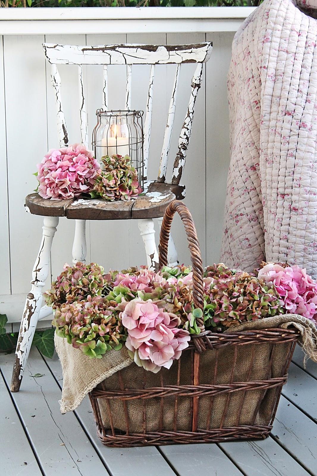 Vibeke design romantisk h ststemning med hortensia - Decoracion vintage chic ...