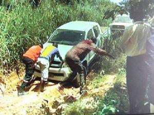 Angola: VIAS DE ACESSO ESTÃO DESTRUÍDAS