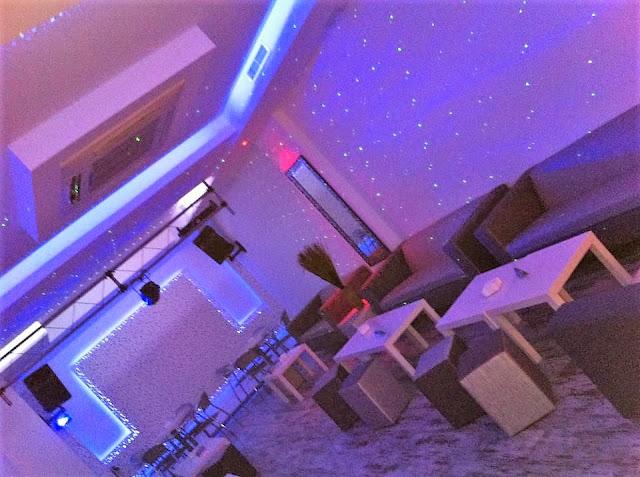 Salón de Karaoke Ti Amo