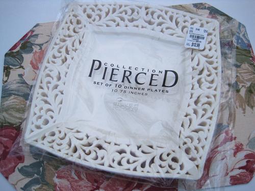 Tea With Friends: My fancy new pierced-edge \