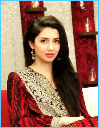 Mahira Khan red dress