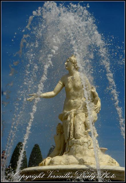 Latone Latona Versailles fountain