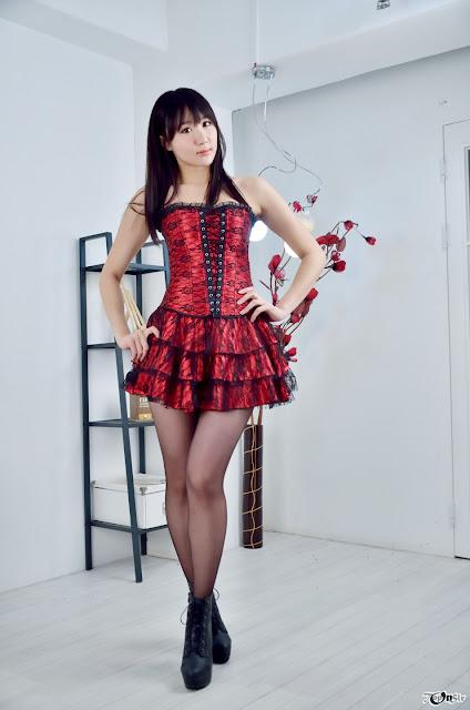 Yeon Da Bin Sexy in Red Dress