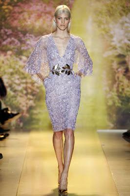 robe courte dentelle parme violet grosse ceinture doré metal feuille défilé printemps été 2014 Haute couture Zuhair Murad
