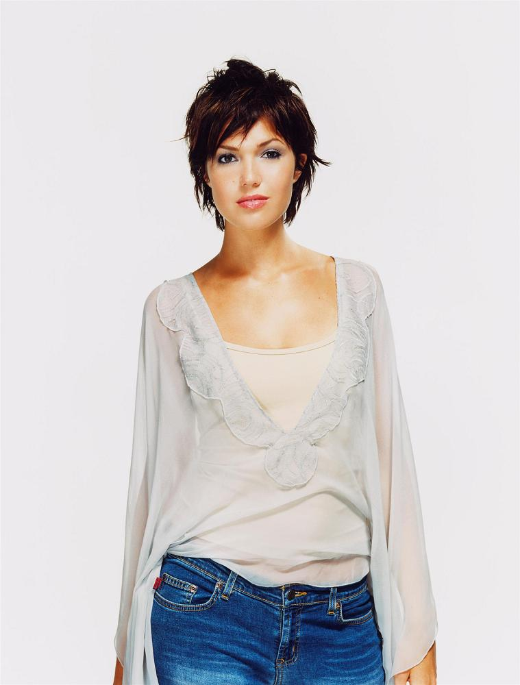 Mandy Moore American Actress And Fashion Designer