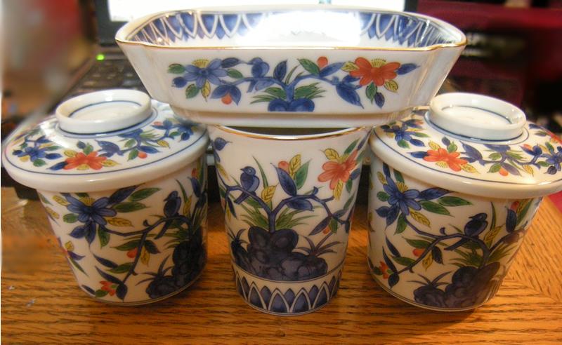 Early 1970s Kakiemon Style Japanese Porcelain Set. 第弌陶器 Daiichi Toki Takahashi 高橋