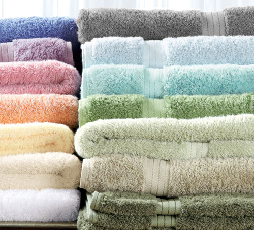 Luxury Towels Wallpaper