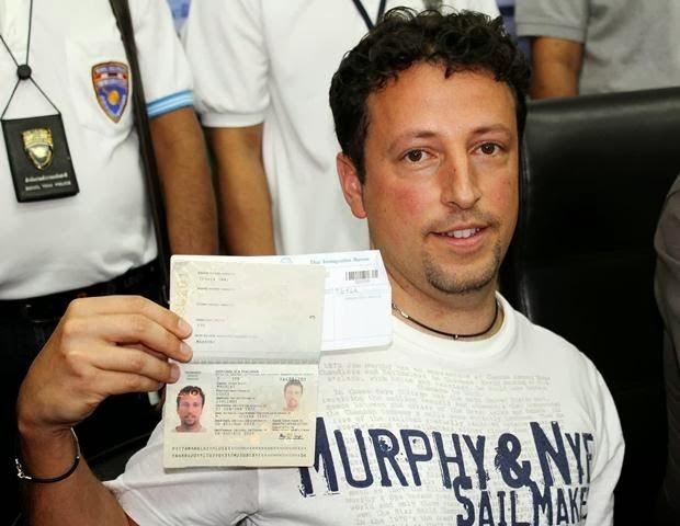 gambar luigi maraldi, luigi maraldi sebenar, gambar pasport luigi maraldi, pemegang passport luigi maraldi