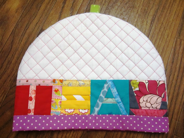 Zakka Along 2.0 Patchwork, Please Lettered Tea Cozy