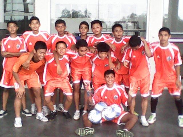 sekolah sepak bola terang bangsa mei 2012