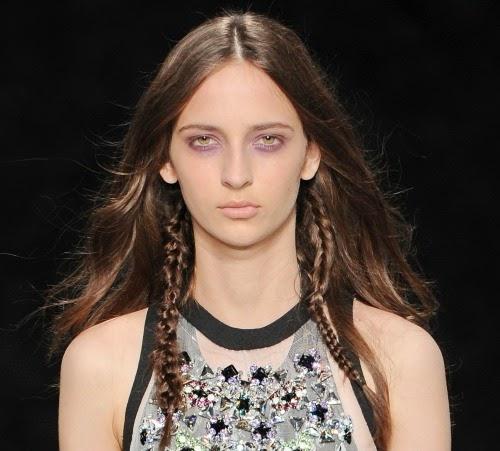 pitkät hiukset ukrainalainen suuri